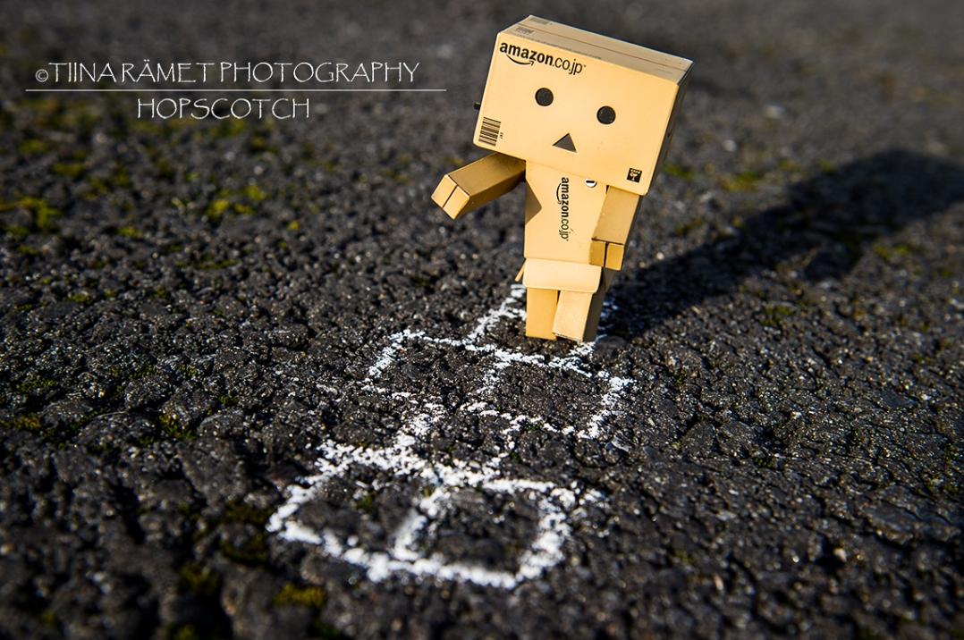 Danbo_Hopscotch